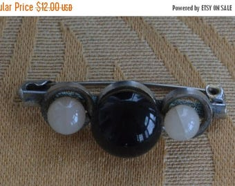 ON SALE Pretty Antique Victorian Black, Gray Beaded Bar Pin, Silver tone, early 1900's (O2)