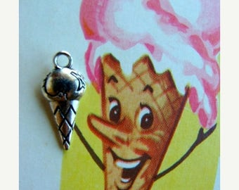 ON SALE Sweet Kitsch Ice Cream Very Detailed Charms Stampings