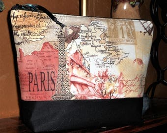 Paris Maps Travel / Toiletry Pouch / Cosmetic / Organizer / Storage Bag in Vintage Look / Bridesmaid Gifts