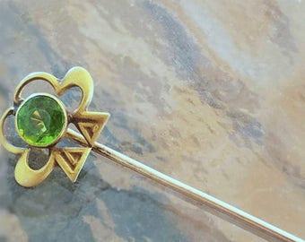 Antique Edwardian 10k gold green peridot doublet clover shamrock good luck stick pin / stickpin / lapel pin / tie pin / tie tack / brooch