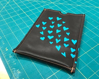 CLEARANCE: TABLET COZIE - gadget accessory - kindle or iPad cozy - tablet accessory - hearts - tablet case - customizable - ipad case