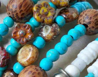 Wrap beaded bracelet - Turquoise, brown and white - Silvertone feather charms - Boho chic - Bohemian cuff bracelet - bycat