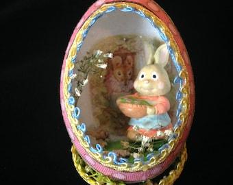 Misstress Rabbit Unique Egg diorama