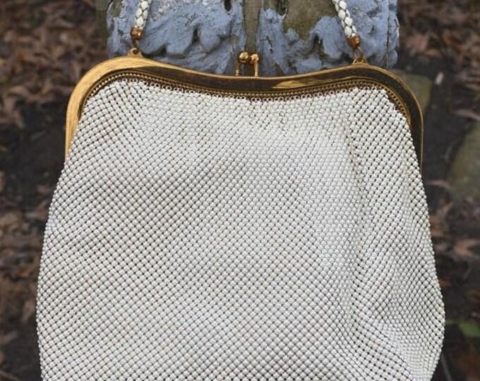 sale Whiting Davis Purse, Vintage Purse,  40s Purse, 40s Bag, Mesh Purse, 1940s Purses, Chain Handle, Art Deco Purse, White Mesh, Spring Pur