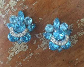 The Vintage Aqua Blue Rhinestone Eisenberg 1940s Clip On Earrings Costume Jewelry