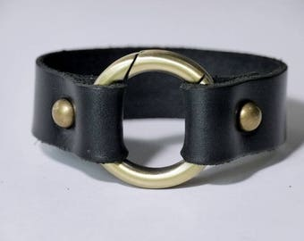 Leather Cuff Bracelet Leather Bracelet Leather Bangle in Black Color with Metal O Ring Bronze Tone