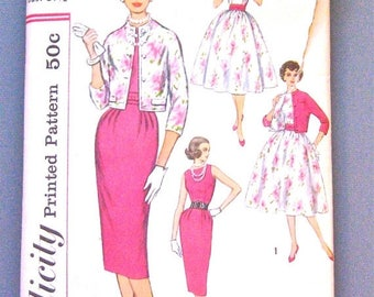 ON SALE Vintage 1950s Simplicity 2407 Dress Pattern  Bust 31.5 inches