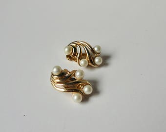 Crown Trifari Gold tone with Faux Pearls Earrings.