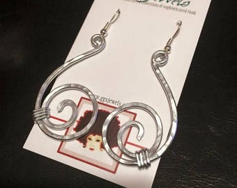 SWAY: Bangin Beauties hammered aluminum wire earrings