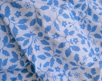 Vintage Bed Sheet - Blue Leaf - Full Fitted