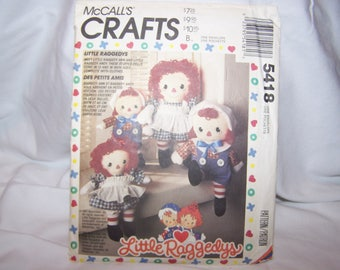 Raggedy Ann and Andy Doll Pattern 5418 McCalls Crafts 1991 Little Raggedys Rag Doll Sewing Girl Boy Stuffed Dolls Vintage 90s NEW 2 Sizes