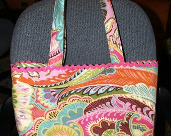 Large BEACH Bag Tote with  Inside Pockets and Sunglass Holder