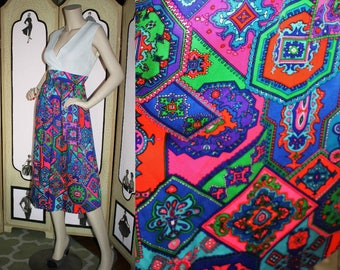 Vintage 1960's Dress. Psychedelic Day Glow Middy Dress. Large.