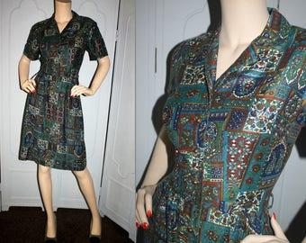 Vintage 60's Paisley Print Cotton Shirt Dress. Medium to Large.