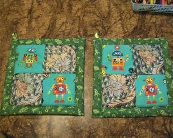 Colorful Robots on Green  Kitchen Potholder Set