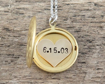 Wedding Date Necklace, Personalized Locket Necklace, Anniversary Date Necklace, Heart Locket Pendant, Gift for Bride, Custom Date Necklace
