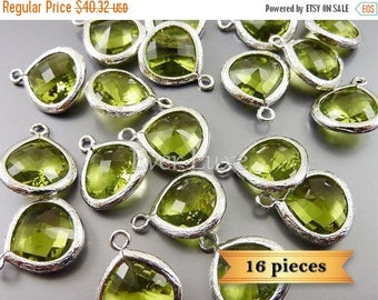 15% SALE bulk 16 apple green glass crystal stone 13mm glass pendants 5064R-AG-13-Bulk (16 pcs)