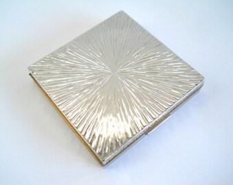 Vintage Evans Ladies Compact • Women's Powder Compact • Silver Color Metal  Compact