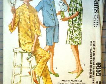 McCalls 6655 - 1960s Vintage Sewing Pattern - Ladies Pajamas with Transfers - 1962