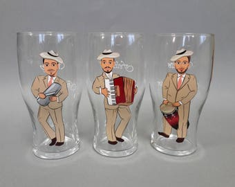 Mexican Wedding Groomsmen Gift Bachelor Party Personalized Caricatures Hand painted to their Likeness Wine or Beer Glasses