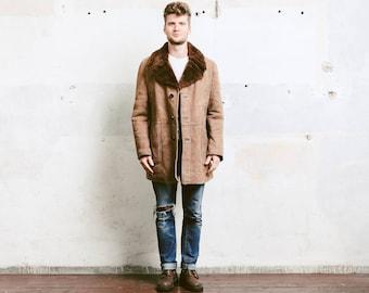Vintage Beige Suede Sheepskin Coat . Mens 70s Sherpa Coat Jacket Winter Coat Leather Overcoat Outerwear Long Jacket . size Medium