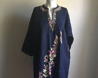 SUMMER SALE Vintage Rare Bohemian Indian Tunic • Navy Blue Embroidered Thin Wool Tunic • Jumper Free Size