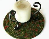 Green Christmas Coiled Fabric Trivet - Handmade Clothesline Trivet - Plant Coaster - Hot Pad - Mug Rug - Candle Mat - Quiltsy Handmade