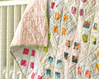 Light and Happy Baby Quilt