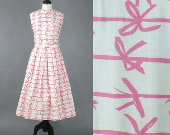 Vintage 50s Dress, 1950s Novelty Print Dress, Pink Ribbon Dress, 1950s Day Dress, Medium