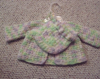hand made baby sweater and  hat, reborn doll  or real baby  . 0-3 months , infant girl
