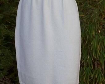 St. John Evening white cream knit skirt by Marie Gray sz 6