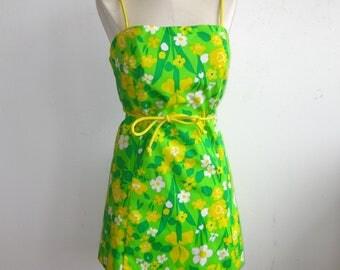 Vintage 60s Hawaiian Bright Green Tropical Print Tiki Luau Summer Playsuit Dress Volup Size
