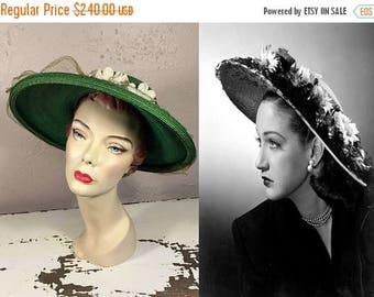 BI-ANNUAL SALE Demur Emerald Eyes - Vintage Late 1940s Evelyn Varon Emerald Green Floral Straw Wide Brim Hat