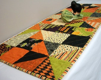 Halloween Table Runner Monster Bash Pinwheels Quilted Quiltsy Handmade FREE U.S. Shipping