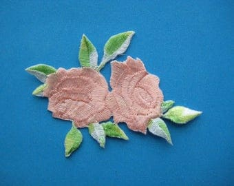 Iron-On embroidered Patch Roses (peach) 3.4 inch