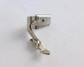 Singer Sewing Machine Narrow Zipper Presser Foot for Hinged Slant-Shank Models 161166