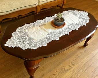 Vintage flower white lace table top dresser scarf doily houseware home decor, vases
