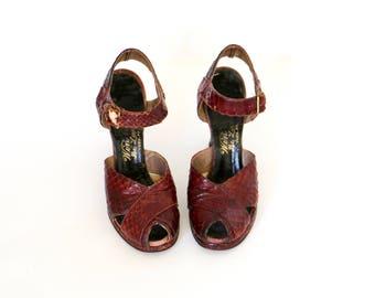 Vintage 1930s Shoes / 1940s Shoes / Red Lizard Heels / Peep Toe Shoes / Platform Heels