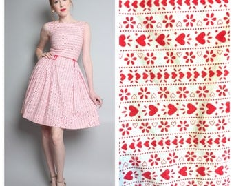 1960's Fit and Flare Cotton Dress / Heart Novelty Print Dress / 50s Day Dress / Small