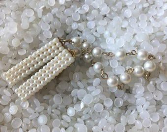 sweater guard vintage  sweater clip molded pearl like #1