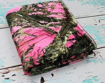 Camouflage Girls Blanket, Minky Camo Blanket, Pink Camo Blanket, True Timber Girl Camo