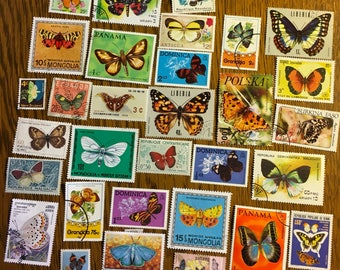 30 butterfly moth colorful postage stamps for collage, scrapbooks collecting philately. B7