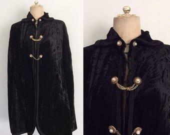 30% OFF 1960's Vampy Black Velvet Cape, Lined Vintage Capelet Size XS Small Medium Large by Maeberry Vintage