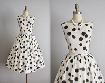 50's Dress // Vintage 1950's Dotted Full Garden Party Casual Day Dress XS