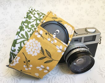 Vintage Style DSLR Camera Strap, Padded, Lens Cap Pocket, Nikon, Canon, DSLR Photography, Photographer Gift, Wedding - Cotton & Green Scroll