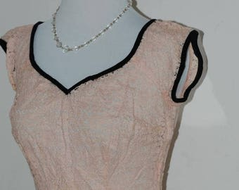 "ON SALE 50s Pink Lace Blouse, Top, Sweetheart Neckline, Pale Pink and Black, Jo Collins, Metal Zipper, Size S/M, 35"" Bust"