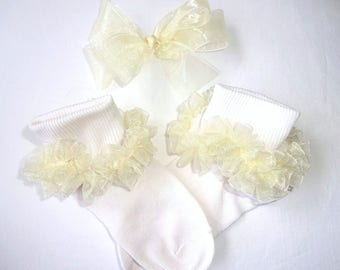 Ivory/Cream Sheer Organza Ruffled Ribbon Socks