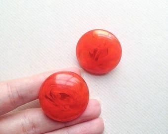 1940s Tangerine prystal marbled Bakelite circular domed earrings / 40s orange jello clip on Catalin French earrings