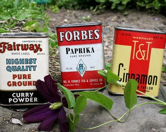 Set of 3 Antique Spice Tins Great Collectables and Home Kitchen Restaurant Decor Fairway Curry Powder, Forbes Paprika, T&T Cinnamon