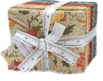 William Morris 2017 - Fat Quarter Bundle from the Victoria & Albert Museum for Moda Fabrics